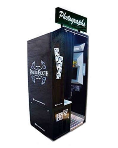 Black Onyx Photo Booth at Joystix