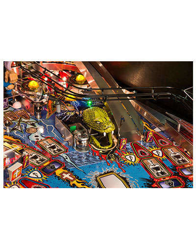 Metallica Pro pinball details at Joystix 3