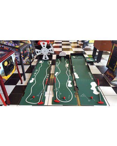 Mini Golf sports game at Joystix
