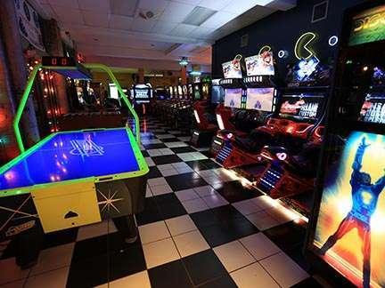 Joystix Showroom racing and table games