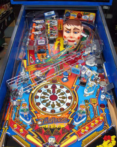 FUNHOUSE PINBALL PLAYFIELD AT JOYSTIX